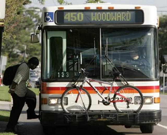 SMART Bus Front detroitnews.com